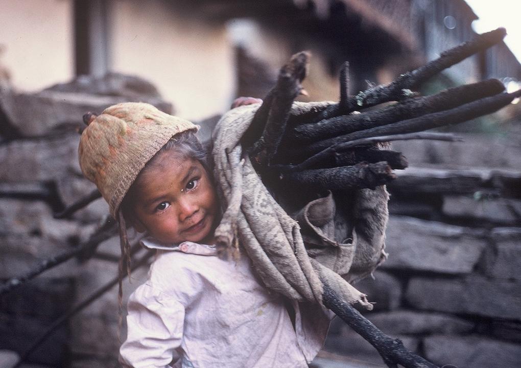 16-lata-nino-en-1978-f-po-egea
